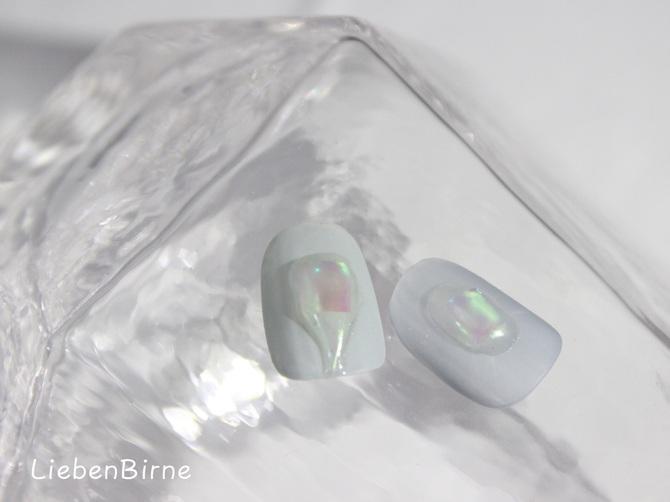 溶けかけ氷のネイル