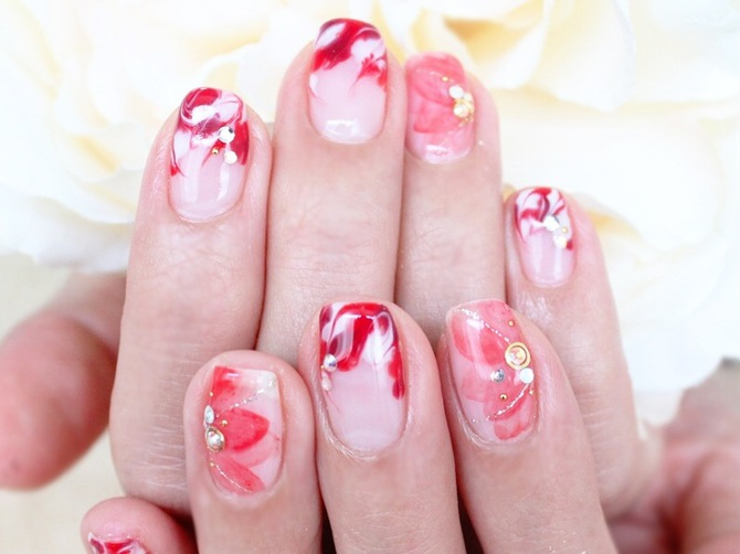red flower nail 3